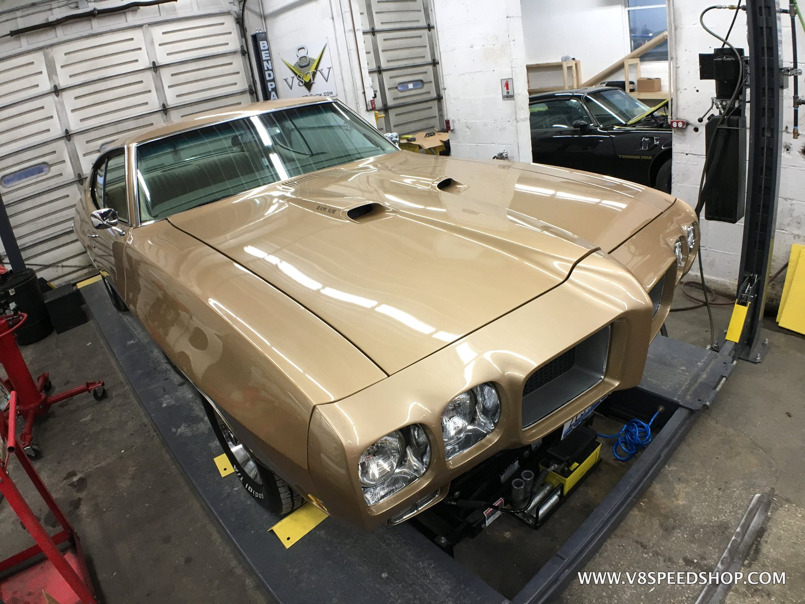 1970 Pontiac GTO Upgrades at V8 Speed & Resto Shop
