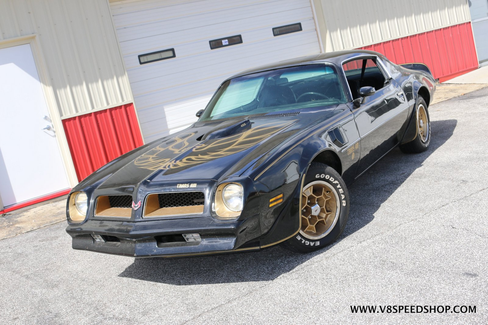 1976 Pontiac Trans Am LE 455 4-Speed Holley Sniper Quadrajet EFI Install at the V8 Speed and Resto Shop