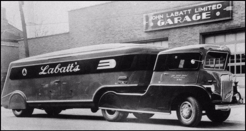 1930s_streamliner_a_2016-12-29-2.jpg